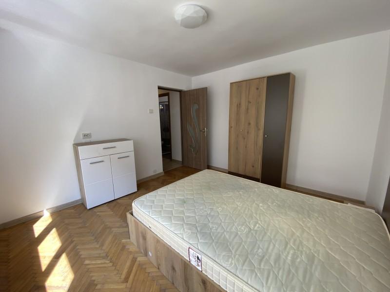 2 camere cu totul nou, Ciuperca, etaj 1, modern, liber