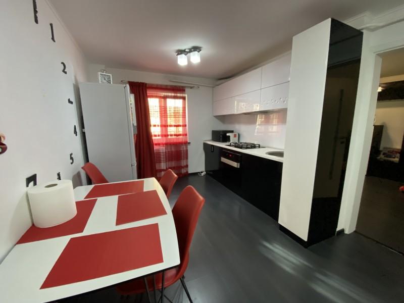 2 camere lux, restaurant Prestige - Electroputere Mall totul nou, centrala termica, incalzire pardoseala
