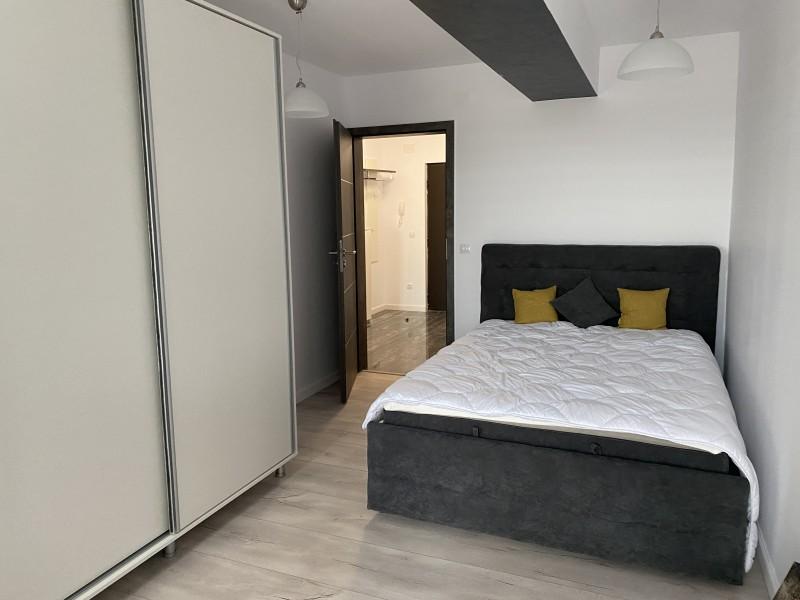 2 camere lux, totul nou,primul chirias, bloc nou, Calea Severinului vis-a-vis Auchan