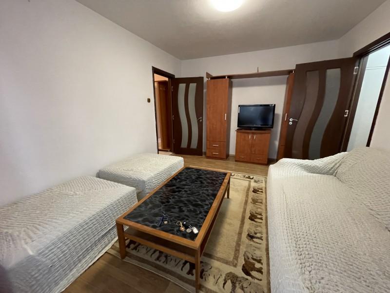 Inchiriere 2 camere semidecomandate, Craiovita Noua - Fortuna, renovat recent, etaj1