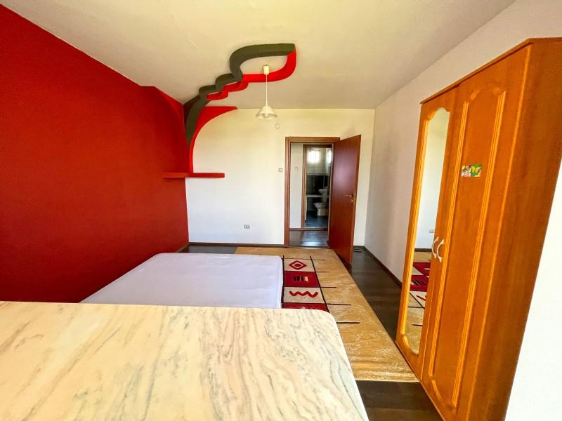 2 camere semidecomandate, Calea Bucuresti vis a vis de Piata de Flori Rotonda, renovat complet, complet mobilat