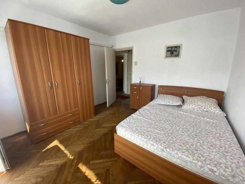3 camere decomandate, 68mp utili, Centru, vis a vis Ramada, complet mobilat