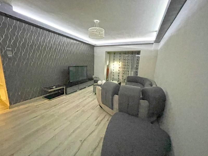 3 camere decomandate, 80mp,vis-a-vis Regia de Apa, LIdL Brestei, Peco Mol, parter, lux, centrala termica