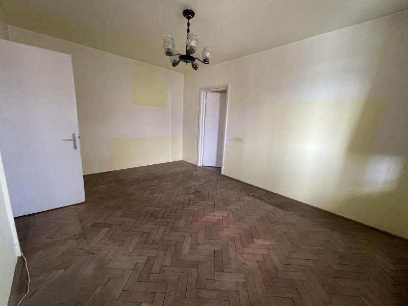 3 camere semidecomandate, 58mp, etaj3, Nanterre - Puskin,Calea Bucuresti, nemodernizat