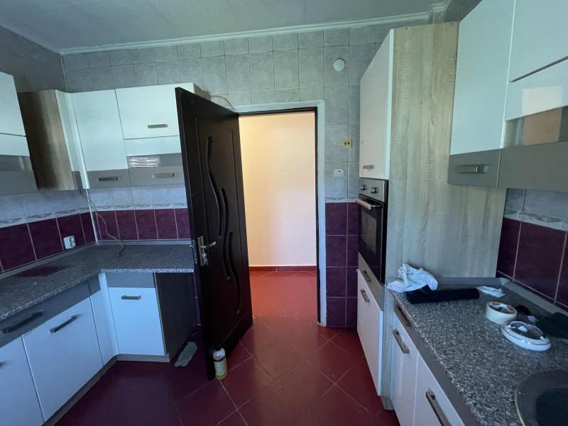 3 camere semidecomandate, Calea Bucuresti - Petre Ispirescu et4