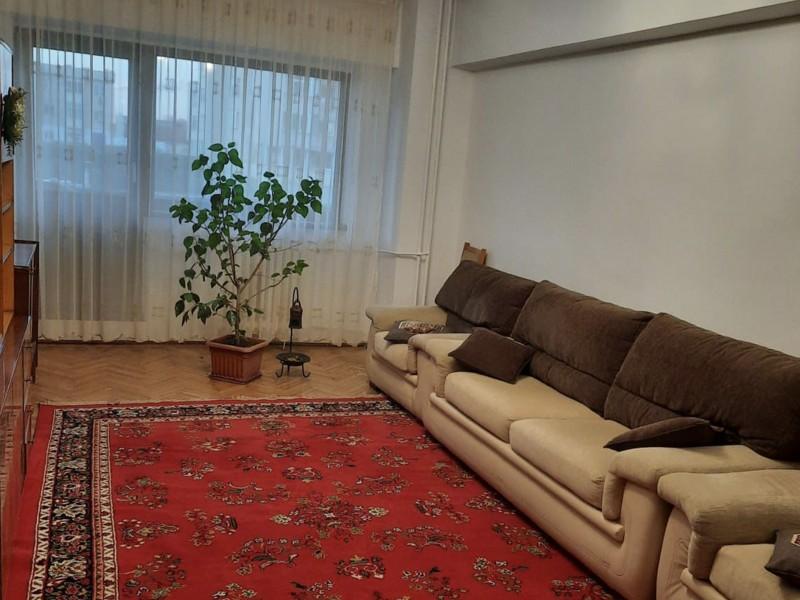 Apartament 2 camere decomandate, etaj 2, zona ultracentrala, Universitate.