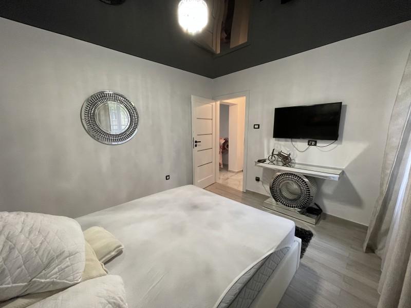 Apartament 2 camere mobilat si utilat curat parter, Brazda lui Novac,Complex Vechi, Statia Taxi