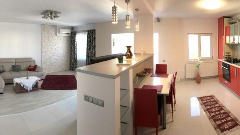 Apartament 4 camere Amaradia lux, 3 dormitoare, centrala