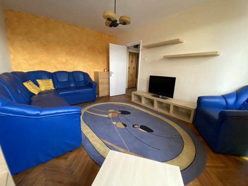 Garsoniera mobilata si utilata complet, Calea Bucuresti, Institut, etaj 3, foarte curat