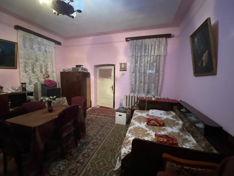 Casa Piata Veche, 4 camere, centrala termica