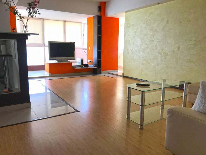 Inchiriere apartament 3 camere decomandat, mobilat, etaj 6/7, Calea Bucuresti, zona Mc'Donalds